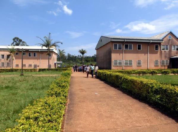 Schulkomplex