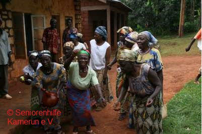 Mitglieder der Mbengwi Elderly Disadvantaged Women/Widow Support Group